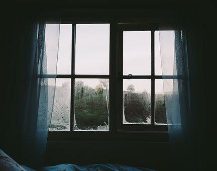 vetri finestre con condensa